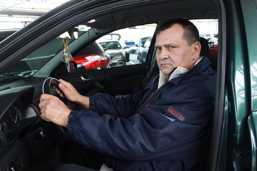 Piotr Szlędakowski (45 l.), stołeczny kierowca