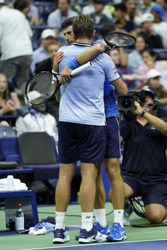 Novak Đoković i Stan Vavrinka po preranom završetku njihovog meča na US Openu
