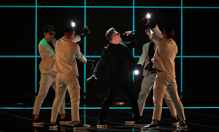 Fani byli krytyczni po występie Rafała Brzozowskiego na Eurowizji.
