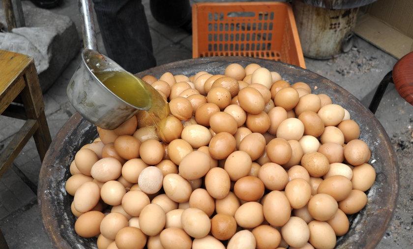 jajka chiny mocz uryna