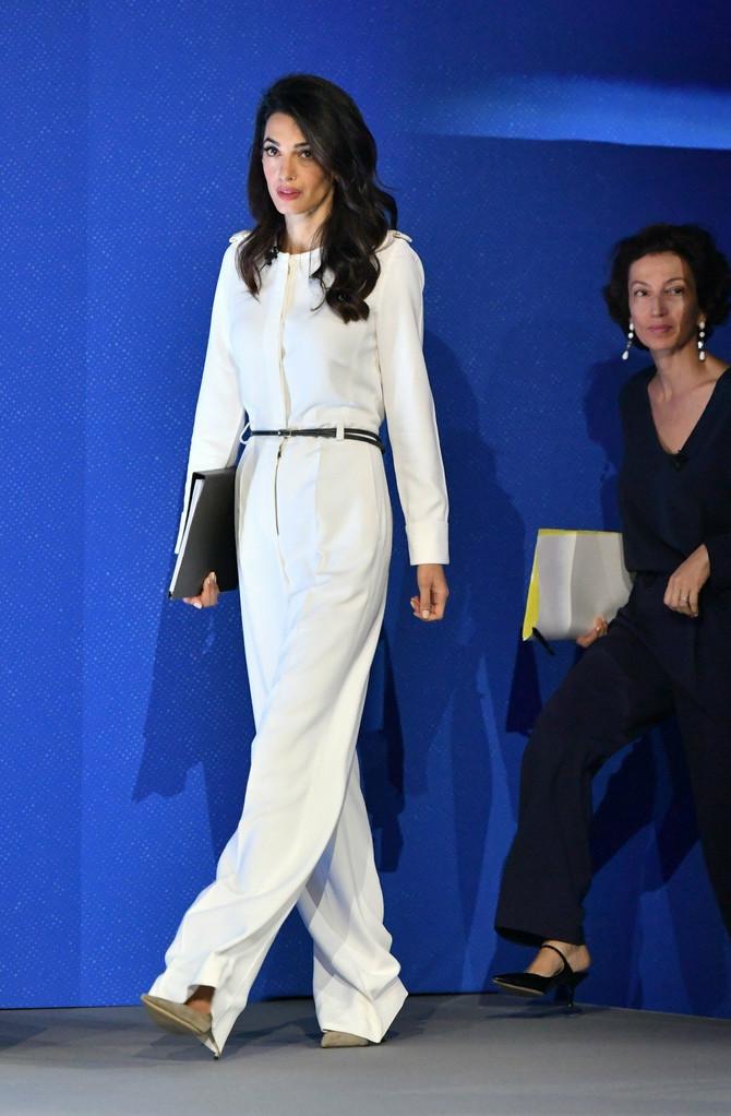 Amal Luni bolja si do Amal Kluni