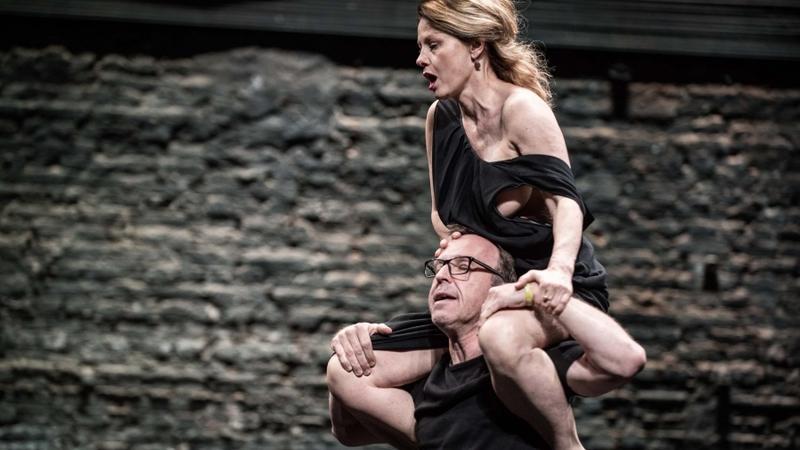 """""""Upadanie"""", reż. Árpád Schilling, Teatr Powszechny w Warszawie"""