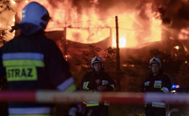Przetaczająca się przez Polskę fala pożarów składowisk odpadów skłoniła rządzących do interwencji.