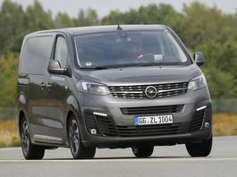 Opel Zafira Life 2.0 Diesel – van w dostawczym formacie
