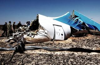 Amerykanie i Brytyjczycy są zgodni: Na pokładzie rosyjskiego airbusa wybuchła bomba