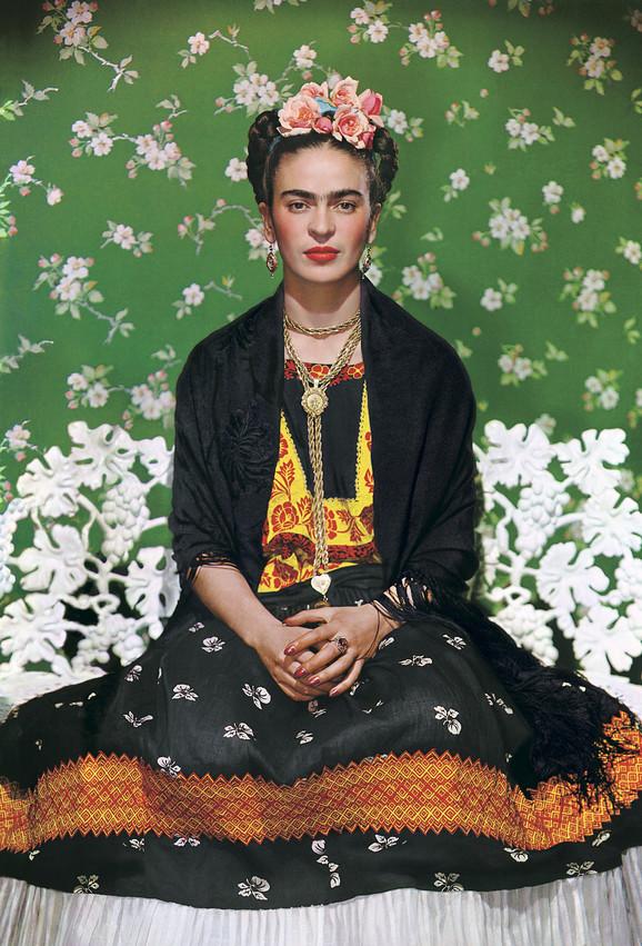 Frida Kalo na beloj klupi, 1938.