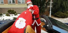 Mikołaj przyjechał do dzieci ferrari