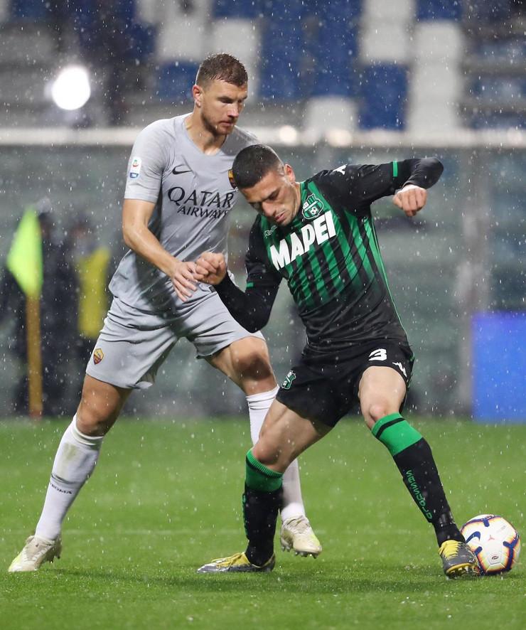 FK Sasuolo, FK Roma