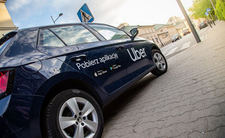 Wchodzi w życie 'lex Uber'. Ma uporządkować rynek przewozów