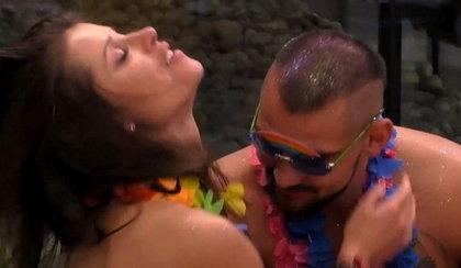 """""""Big Brother"""". Trochę alkoholu i dwójka uczestników wylądowała w łóżku"""