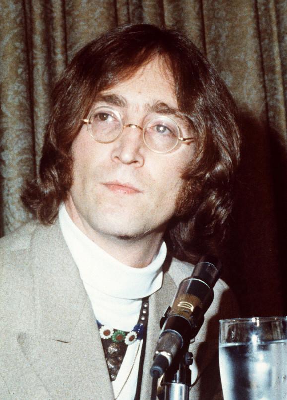 Džon lenon ubijen je 8. decembra 1980. godine