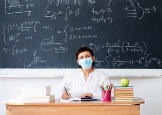 Wynagrodzenie zasadnicze nauczycieli 2021. Ile zarabia nauczyciel?