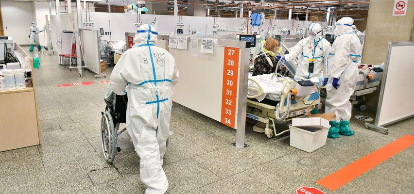 Niepokojące prognozy naukowców. Niebawem nawet 25 tys. zakażeń koronawirusem?!