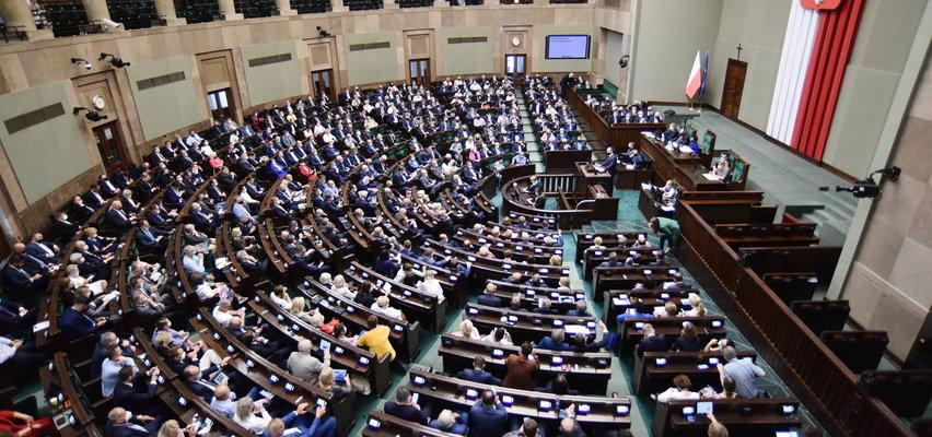 Duże przetasowania na scenie politycznej. Tylko oni mają szansę dostać się do Sejmu