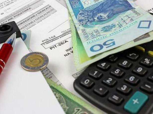 Z ustawy o PIT wynika, że rodzice, których pociecha nie wyfrunęła z gniazda po osiągnięciu pełnoletniości, jeszcze przez kilka lat mają prawo do preferencyjnego opodatkowania swoich dochodów.