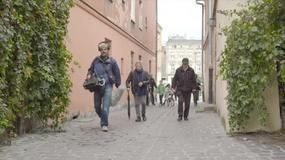 Roman Polański i Ryszard Horowitz w Krakowie na planie filmu
