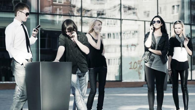 Pokolenie SMS: czy grozi nam fonoholizm?