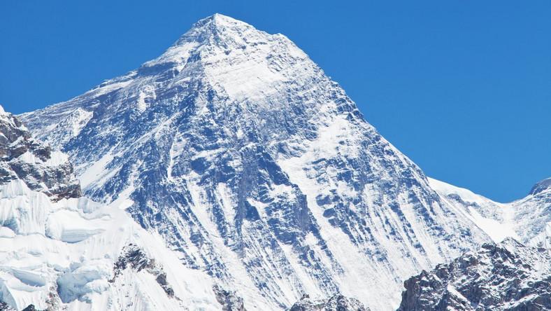 Polscy himalaiści nie ucierpieli pod Mount Everestem
