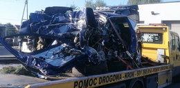 Straszna śmierć 19-latka. Z jego auta została miazga!