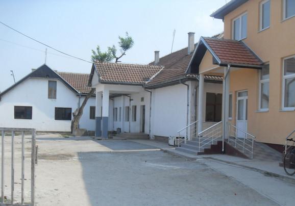"Škola ""Sveti Sava"" u Klokotu"