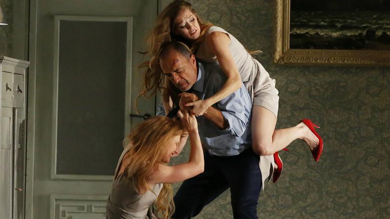 "Zdjęcie ze spektaklu ""Peleasa i Melizandy"" na Festiwalu Aix–en–Provence"