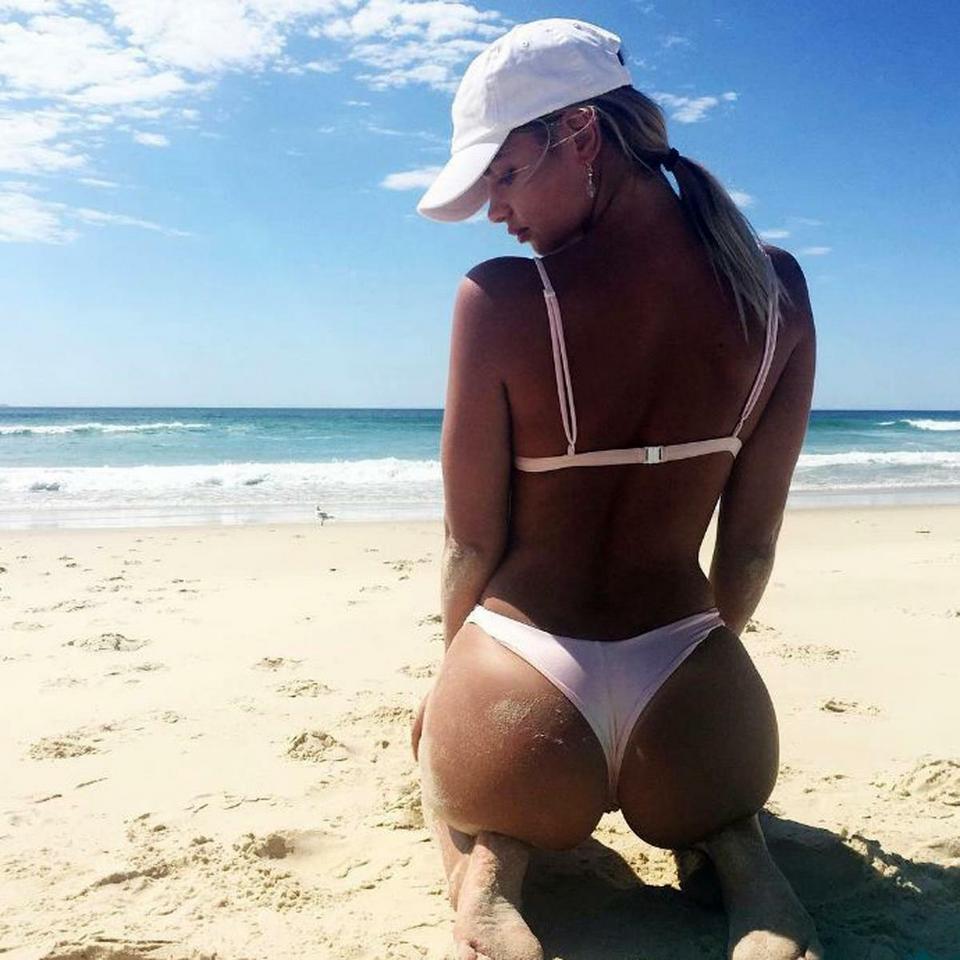 Celebrity Diana Dondoe nude (32 photo), Ass