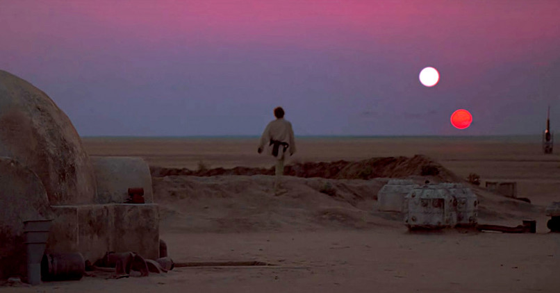 Cei doi Sori ai planetei Tatooine din Star Wars (1977)