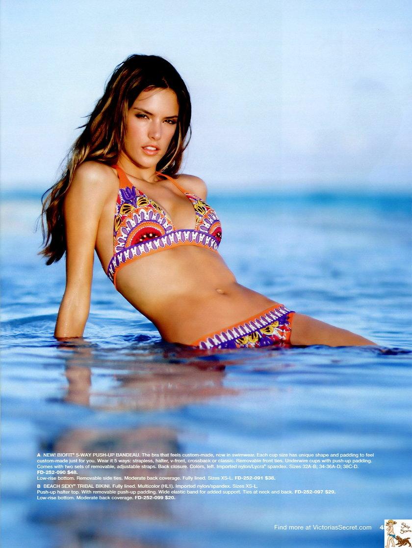 Alessandra Ambrosio uwielbia pokazywać swoje ciało