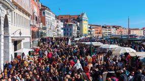 Mieszkańcy Wenecji protestują przeciwko masowemu napływowi turystów