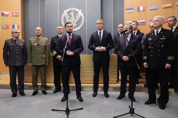 Sekretarz stanu w MON Bartosz Kownacki podczas uroczystości podpisania umowy na dostawę okrętów
