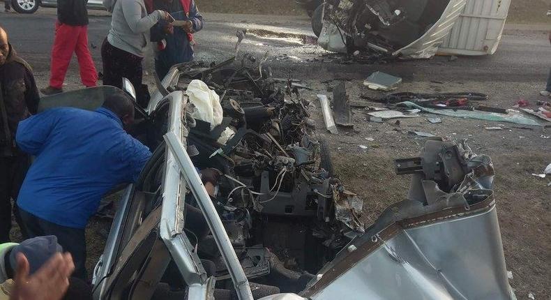 Accident involving a Subaru Forester and a lorry at Naivasha (Twitter)