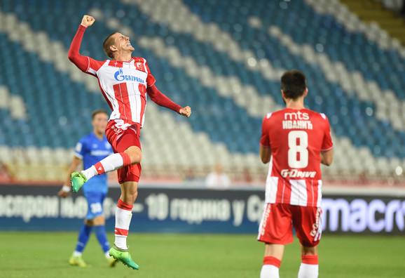 Milan Jevtović slavi gol za Crvena zvezda - Mladost Lučani 2:0