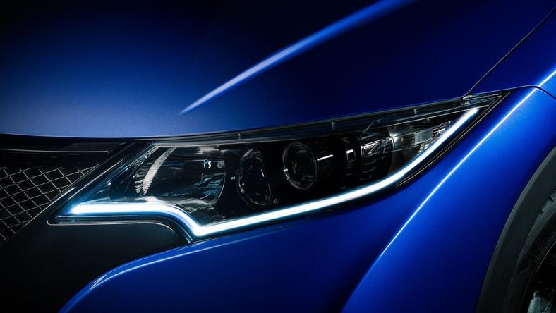 Honda odsłoniła wygląd modelu civic w nowej odsłonie i zupełnie nowej generacji civica type R. Największą sensacją jest ten drugi model i silnik, jaki skrywa karoseria. Oto szczegóły…