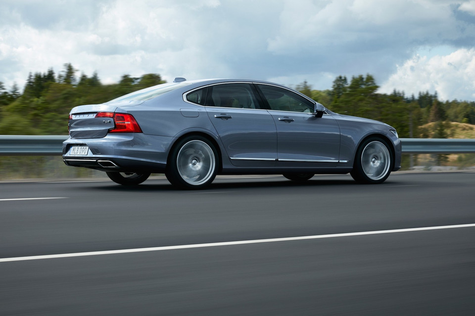 Volvo S90 D5 z technologią PowerPulse