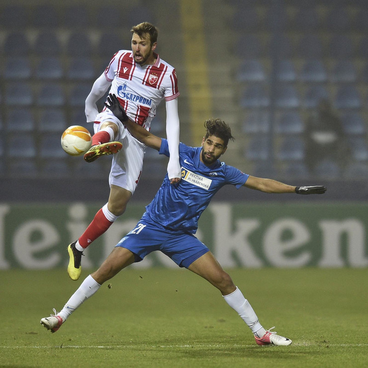 Nemanja Milunović na meču Slovan Liberec - FK Crvena zvezda