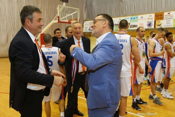 Dušan Projović je delio medalje