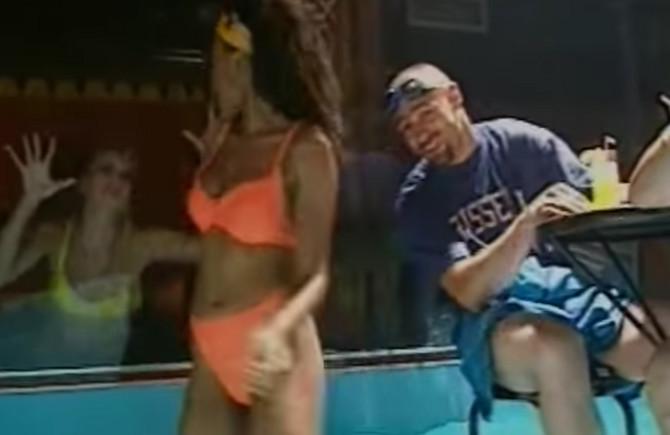 """Scena iz spota za pesmu """"Petak"""""""