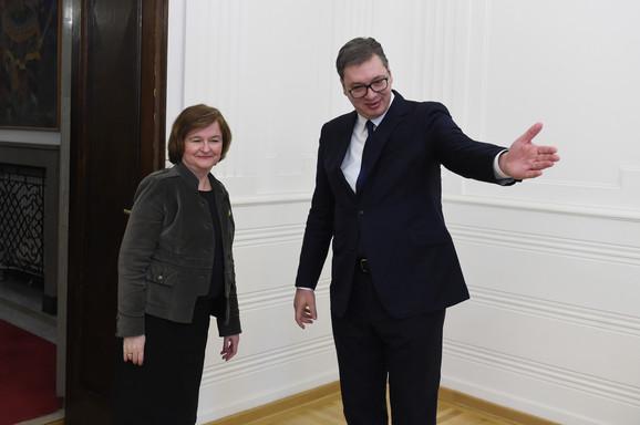 ŠOK IZ PARIZA - SUDAR SA REALNOŠĆU Da li je poruka francuske ministarke da nema proširenja KATANAC NA EVROPSKA VRATA