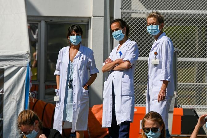 Nošenje maske smanjuje širenje zaraze