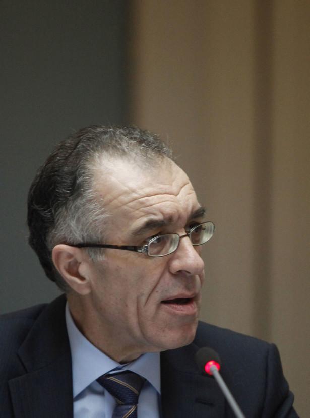 Desygnowany na ministra finansów Grecji Wasilis Rapanos rezygnuje z tego urzędu.