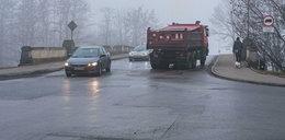Ciężarówki rozjeżdżają Stare Podgórze