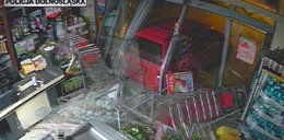 Samochodem wjeżdżali do sklepów i rabowali