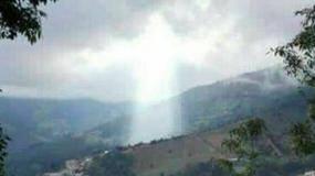 Po katastrofie naturalnej w Kolumbii na niebie pojawiła się niezwykła chmura