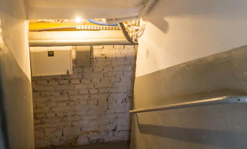 Kamieniec Ząbkowicki. Sekcja zwłok noworodka ukrytego w walizce