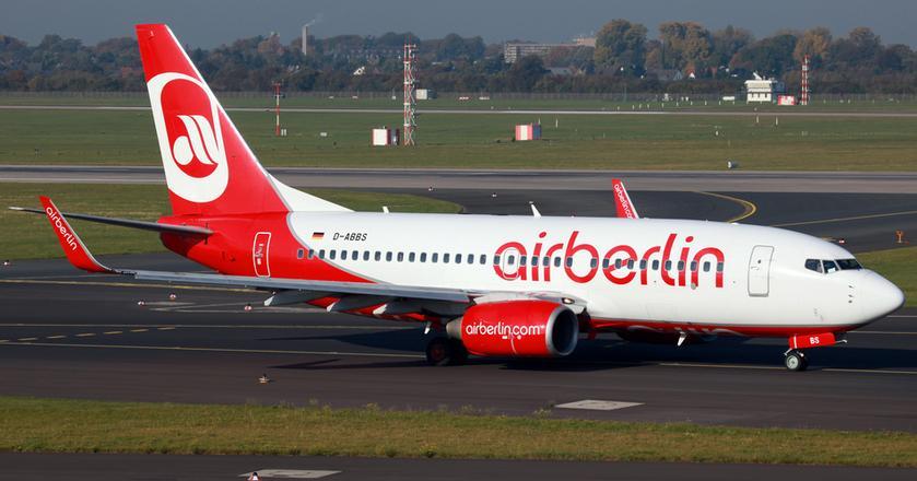 Linie lotnicze Air Berlin poinformowały, że bilety części pasażerów... przepadną