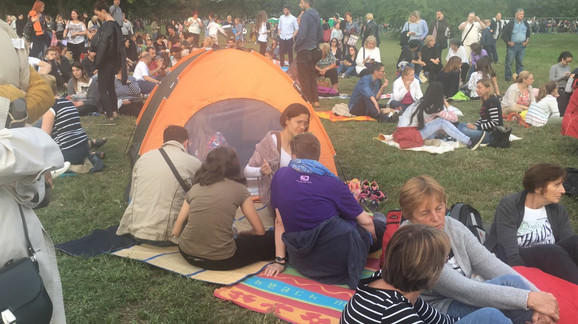 Opremili se i šatorima