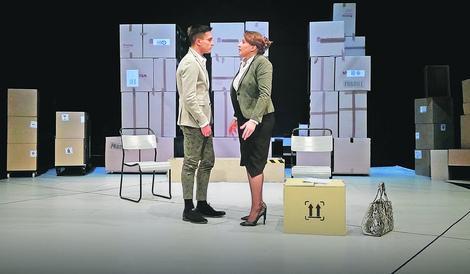 """Slaven Došlo i Mirjana Karanović u predstavi """"Novo doba"""""""