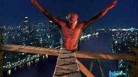 """""""Spider-Man"""" pod młotkiem"""