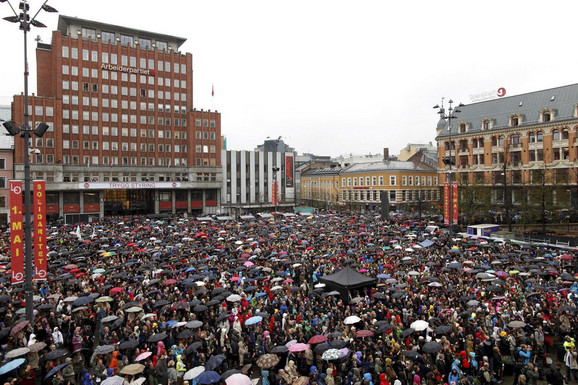 Oslo: 40.000 Norvežana peva pesmu