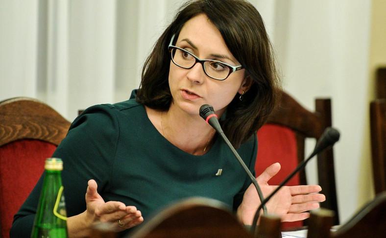 Posłanka Nowoczesnej Kamila Gasiuk-Pihowicz podczas posiedzenia sejmowej komisji sprawiedliwości i praw człowieka